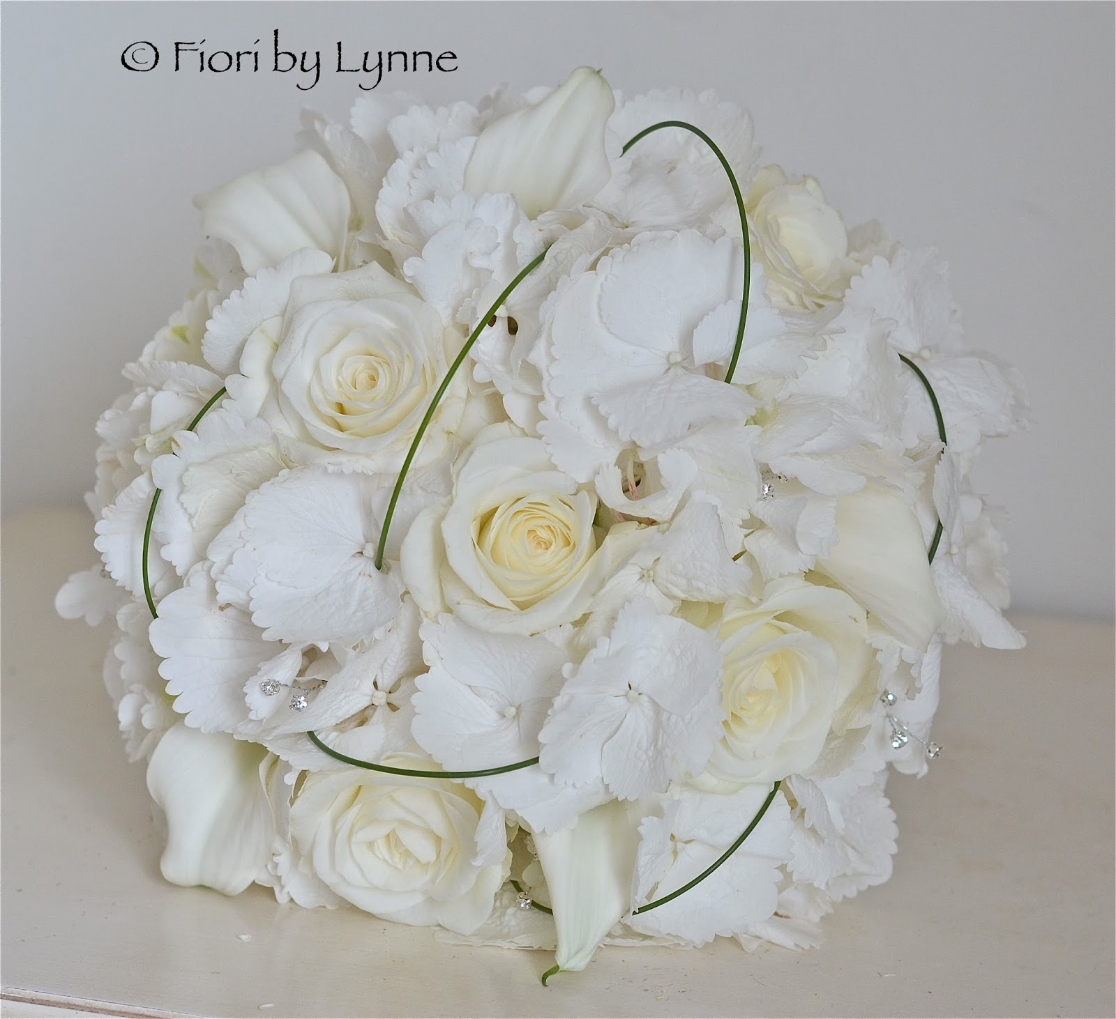 Wedding Flowers Blog Paula S Contemporary White Wedding Flowers