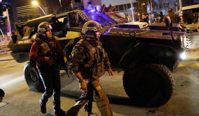 Έλληνας Καθηγητής Προκαλεί Τριγμούς Στην Τουρκία: «Ομπάμα Και Μπάιντεν Οργάνωσαν Το Πραξικόπημα Του 2016» – ΒΙΝΤΕΟ