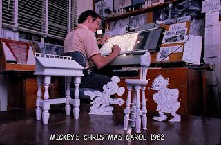 Mike Peraza at his desk #disneyartist