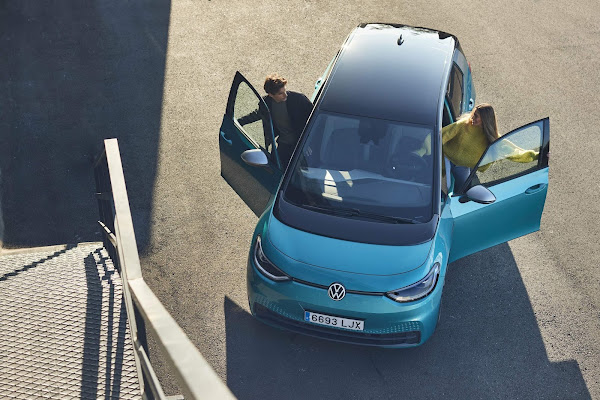 VW ID3 eleito melhor carro premium até € 50 mil - Alemanha