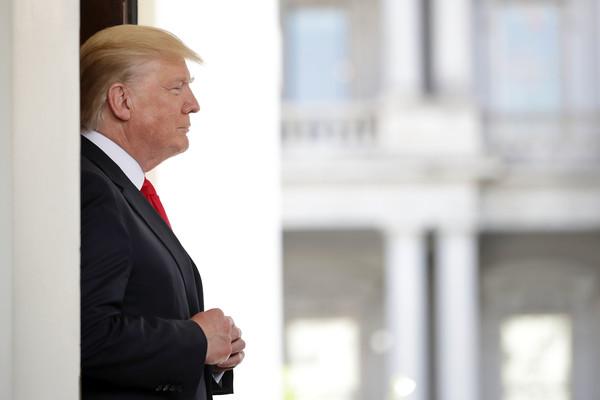 """""""O Acordo do Paris é uma massiva redistribuição da riqueza dos Estados Unidos para outros países,"""" disse Donald Trump."""