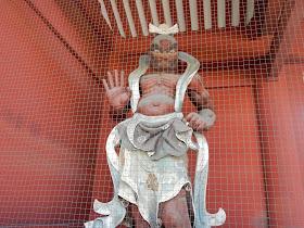 旧台徳院霊廟惣門 仁王像