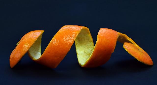 لن ترمي قشور البرتقال بعد اليوم استخداماته مذهله