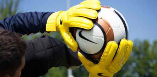 Sarana dan Prasarana Sepak Bola