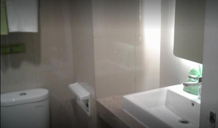 Hotel Maxone Kramat Raya Jakarta