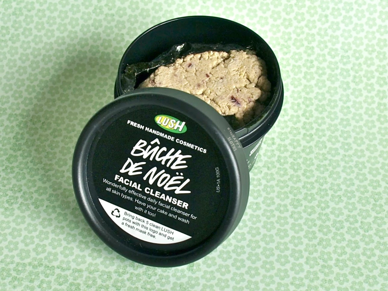 Lush Buche de Noel Facial Cleanser: Review