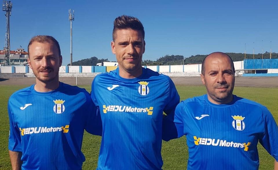 Canelas promove adjunto a treinador principal e presidente acumula nova função