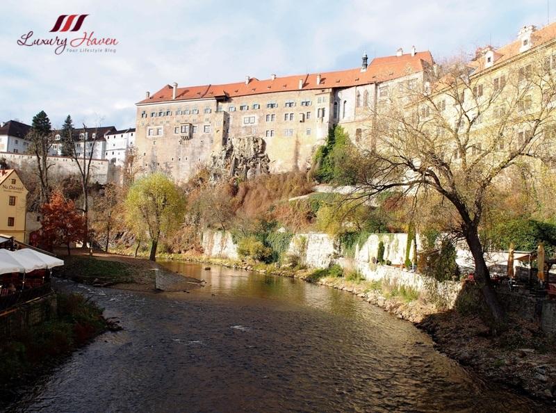 eu holidays czech republic cesky krumlov river vltava