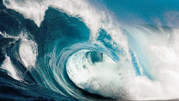 Menurut terminology, Kata Tsunami berasal dari bahasa Jepang. Tsu berarti pelabuhan, dan Nami berarti gelombang. Tsunami sering terjadi di Jepang. Sejarah Jepang mencatat setidaknya 196 tsunami telah terjadi.