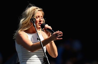 """Lirik Lagu Ellie Goulding - Close to Me"""