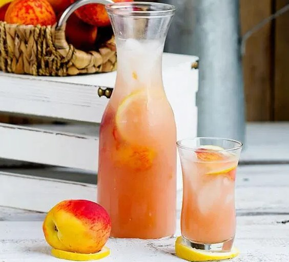 FRESH PEACH LEMONADE #drinks #perfectdrink