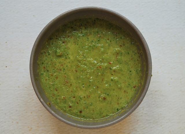 Mojo verde aux poivrons verts