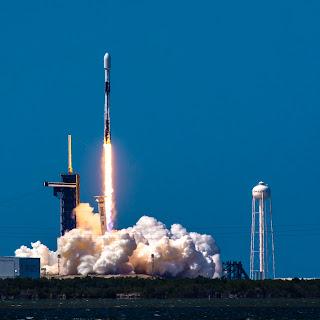 cuando-cuesta-enviar-un-cohete-al-espacio
