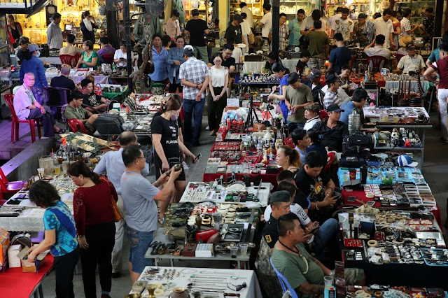 """Stunned with antique market """"excellent"""" in the heart of the city"""