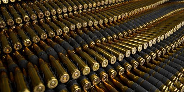 «Πολεμικό υλικό» στα δικαστήρια του Αιγίου - Ο στρατός δεν ανταποκρίνεται για να το παραλάβει