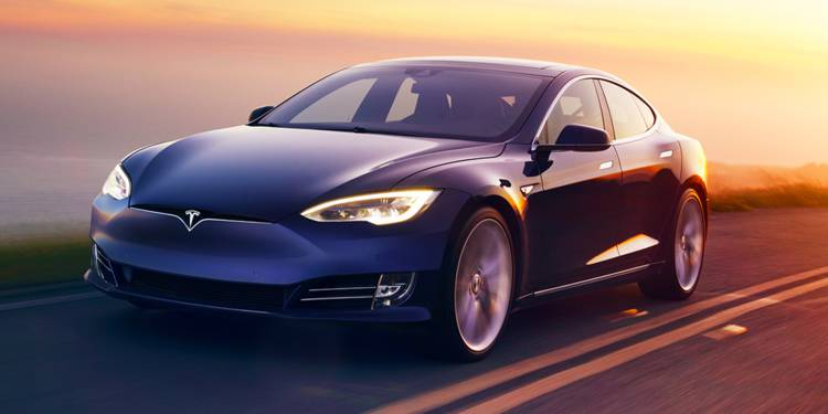 Tesla's Website Completely Cloned By A Chinese Rival