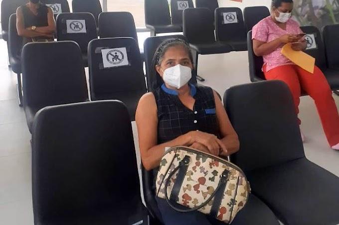 Serrinha – Paciente de Biritinga inaugura equipamento da Policlínica Regional de Saúde