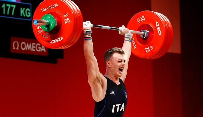 Zanni bronzo nel sollevamento pesi: è quinta medaglia Italia
