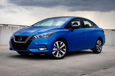 Versa 2021 el Nissan Kicks hecho sedan