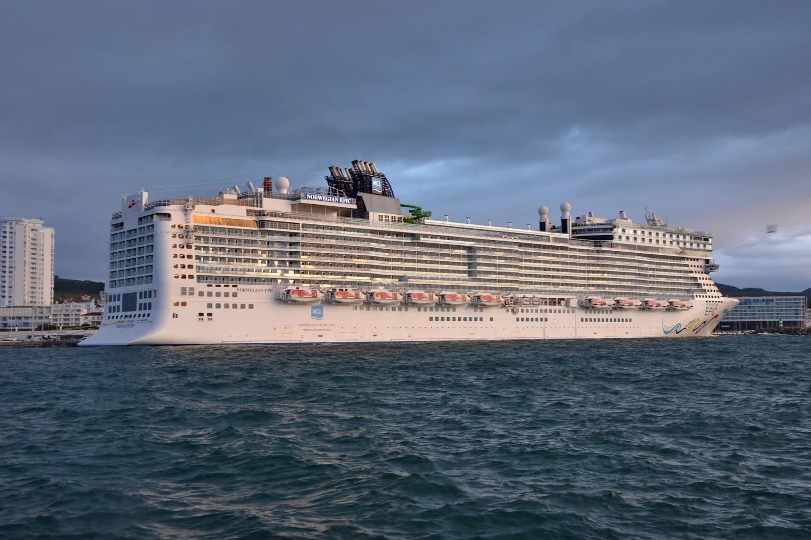 Azores Cruise Club Cruzeiros Nos A 231 Ores Norwegian Epic De Regresso A Ponta Delgada