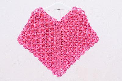 Poncho rosa a crochet y ganchillo por Majovel Crochet, fácil, sencillo, paso a paso, principiantes, DIY,