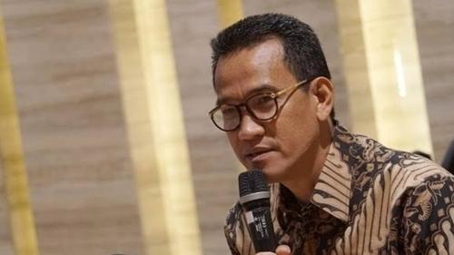 Jokowi Cukup 3 Suara Anggota DPD untuk 3 Periode, Begini Penjelasan Refly Harun