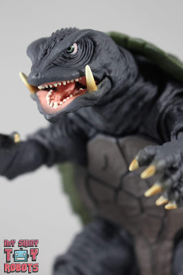 SH MonsterArts Gamera [1995] 01