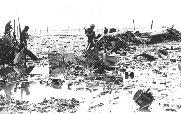 13 August 1940 worldwartwo.filminspector.com Dornier Do-17 bomber crash