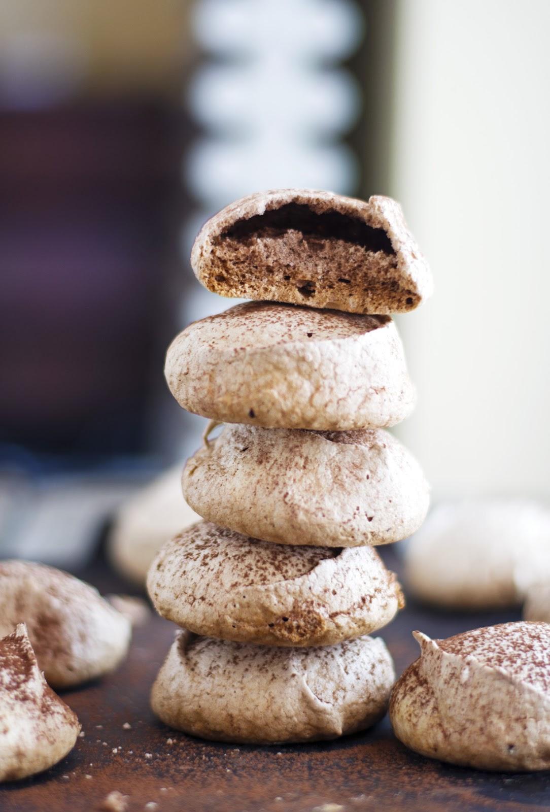 Easy Cocoa Meringues