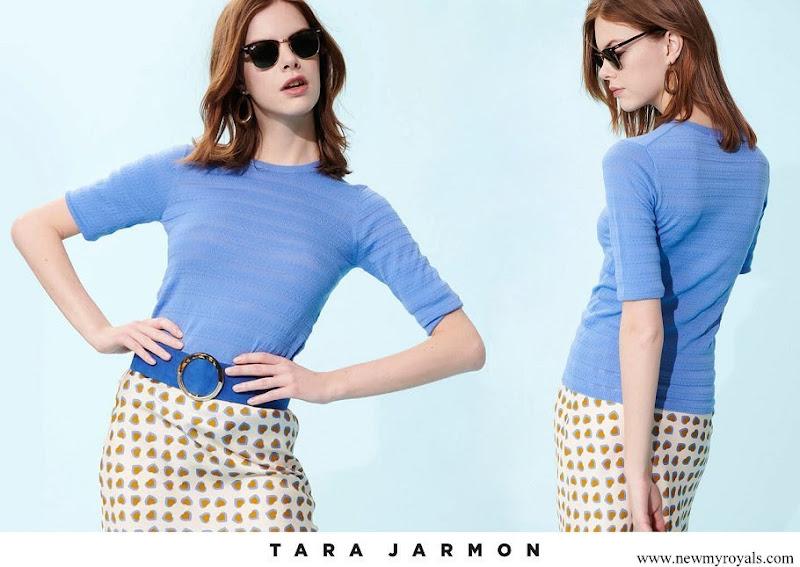 Scarlett-Lauren Sirgue wore Tara Jarmon soft blue merino wool knit top