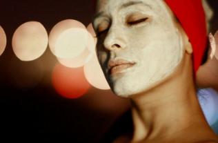 Masker Instan Membuat wajah Bersinar dan Cerah
