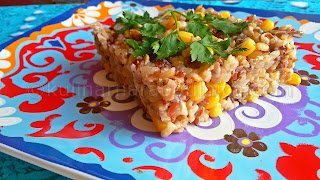 Кафяв и червен ориз с пилешко и царевица - рецепта