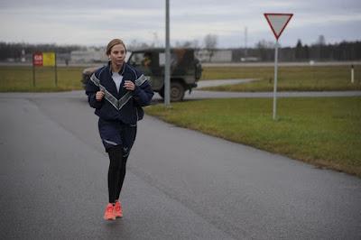 kenakan jaket saat jogging