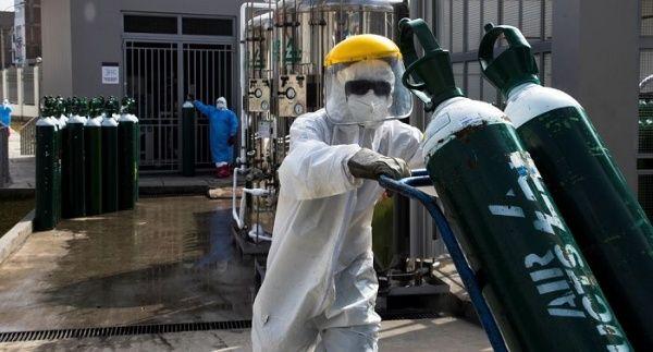 En Perú se agrava crisis sanitaria por escasez de oxígeno
