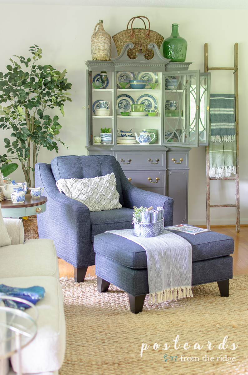 living room with blue and white decor