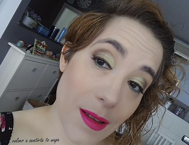 Maquillaje de cómo combinar una sombra verde lima