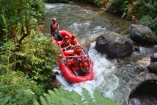 Jeram jeram di Sungai Palayangan Bandung