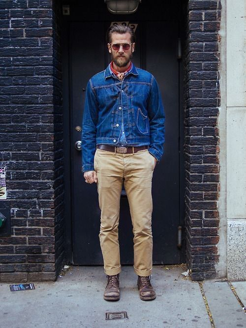 Look Masculino com Bandana e Jeans Azul