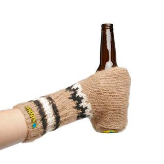 Moda Cervecera: Manopla Porta-Cervezas
