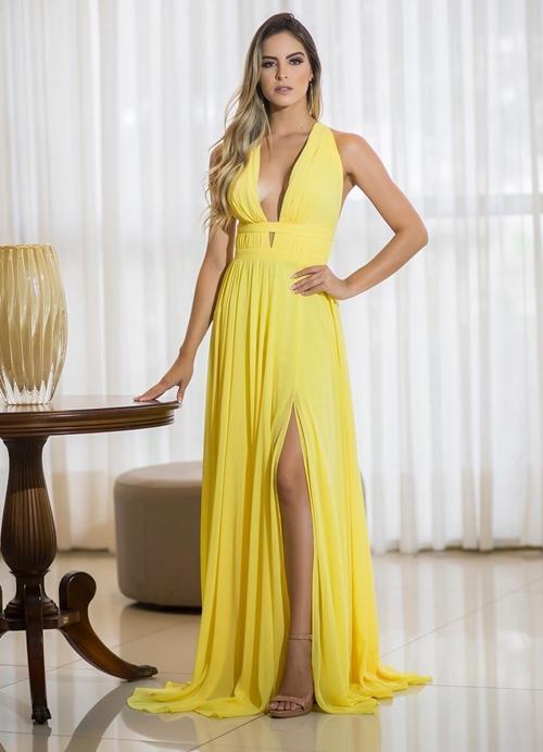 vestido longo amarelo com fenda