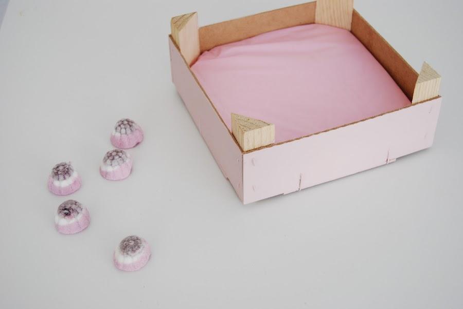 Centro de chuches en tonos rosa. Pink candy box DIY