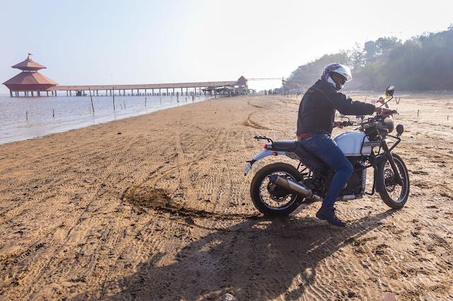Beach, Shiva Temple, Gujarat, Places to See in Gujarat, Biker