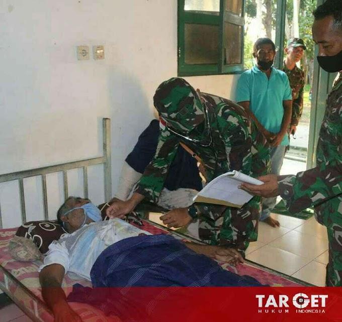 Kesehatan Satgas Yonif Raider 100/PS Berikan Pengobatan Kepada Warga Sekitar Pos