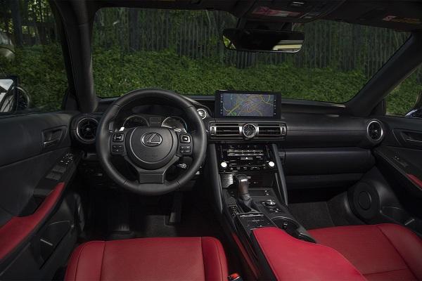 Interior Lexus IS 300 F-Sport 2021