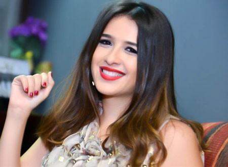 """""""شاهد"""" بعد طلاقها ياسمين عبد العزيز بالحجاب"""