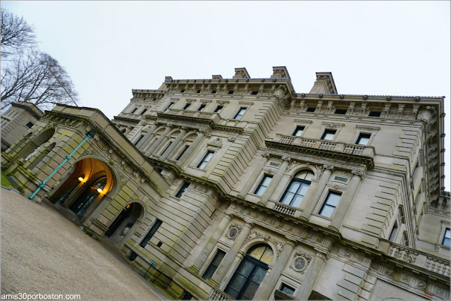 Fachada Principal de The Breakers, Newport