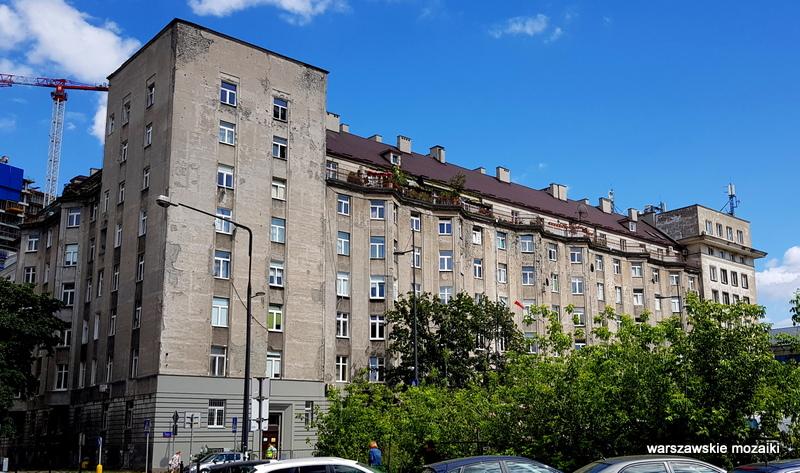 Warszawa Warsaw kamienica dom kolei pracowników PKP gmach ślady po kulach powstanie warszawskie architektura