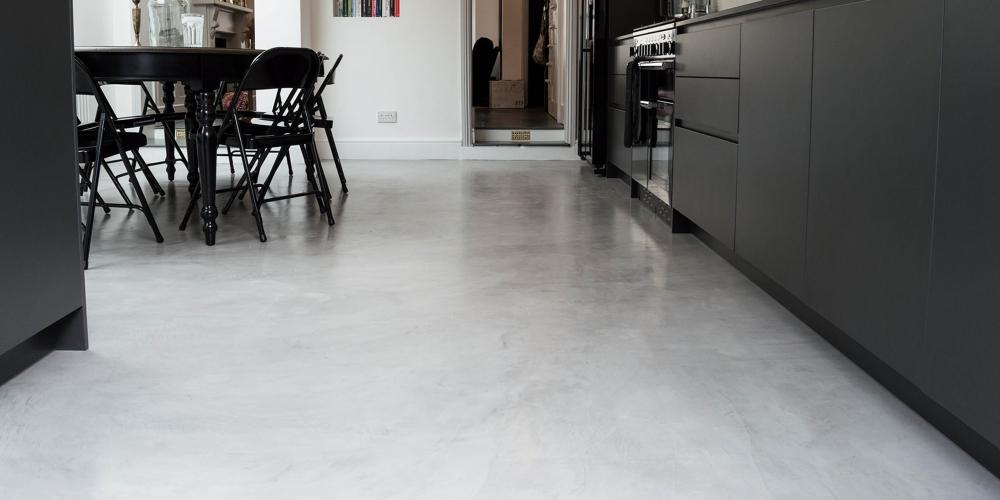 si quiere usted conseguir un suelo as para su cocina se lo ponemos muy fcil visite wwwmicrocemento madridorg para ms informacin - Suelos Microcemento