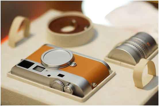 "Leica M9-P ""Edition Hermes"""