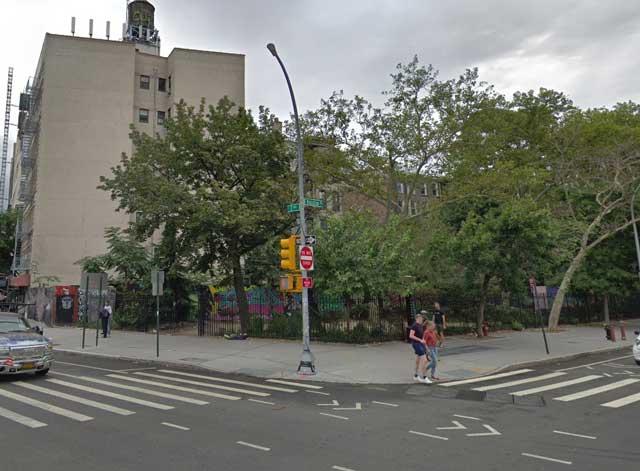 Second Avenue at Houston Street, NYC, randommusings.filminspector.com